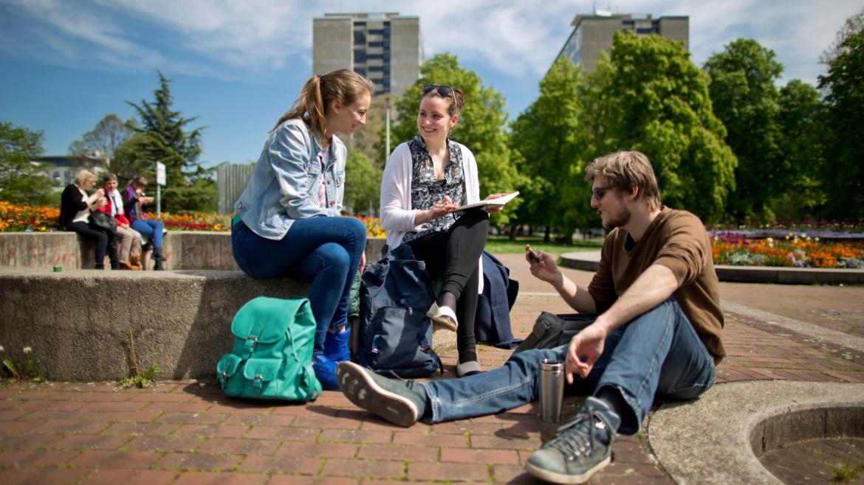 Wohnen, StudiTicket, Vorlesungen: Mit unseren Infos finden Sie sich im Alltag zurecht.
